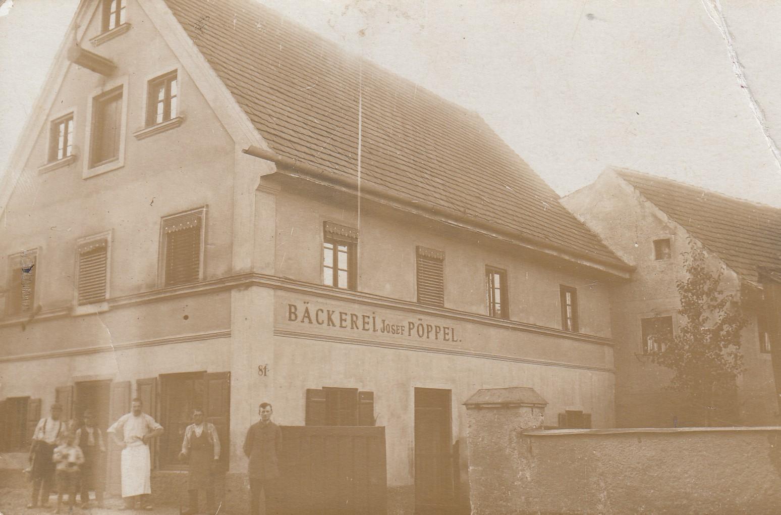 1915-geschaetzte-Jahreszahl-Hausnummer-81