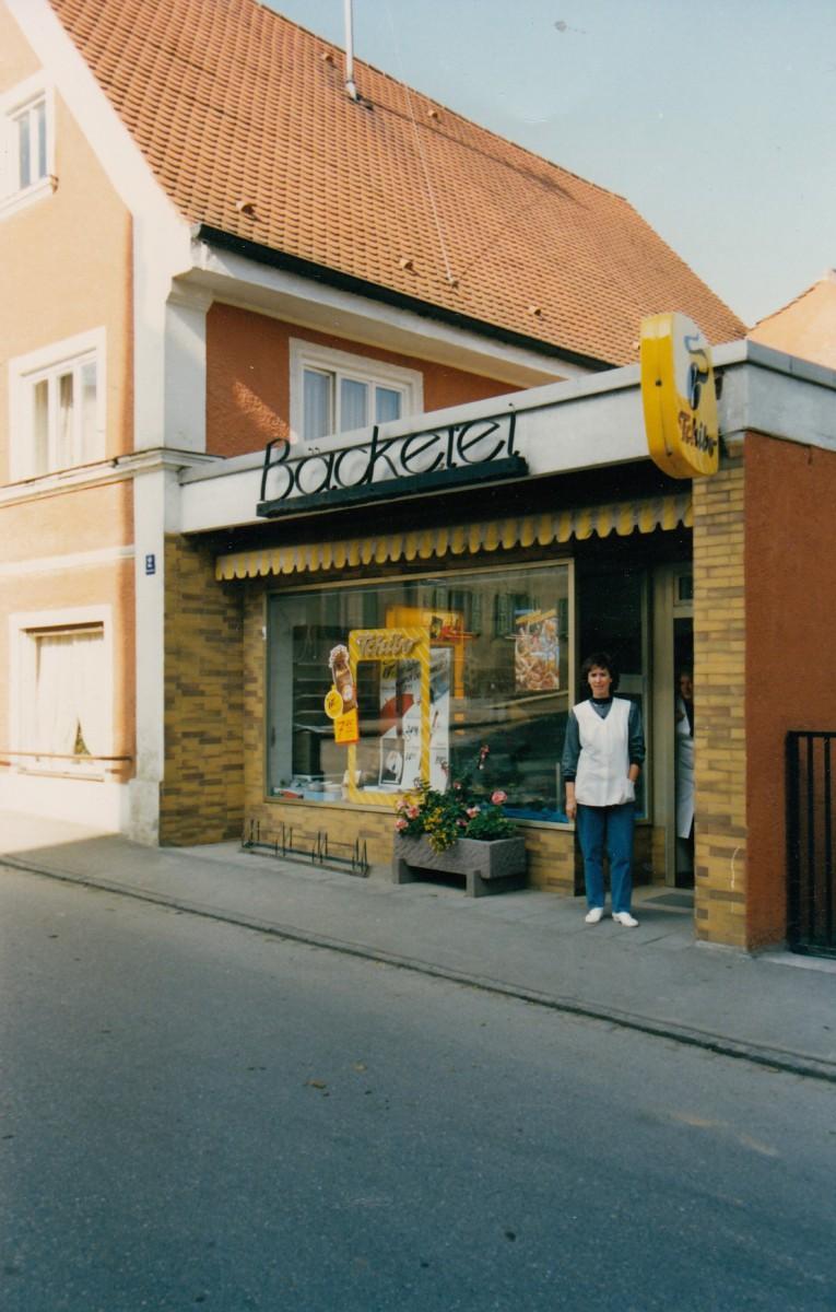 1989-Hohenstaufenstr.-2-Irmgard-Moreis